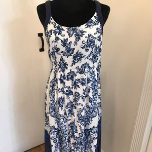 Casual high low dress.